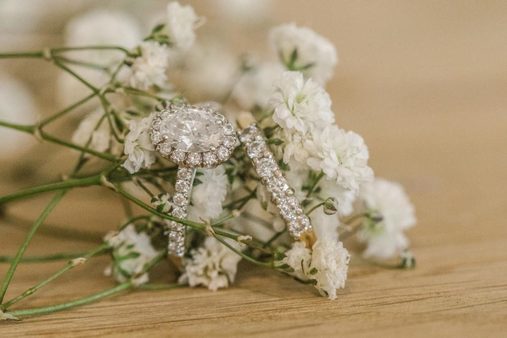 Beautiful wedding ring and band