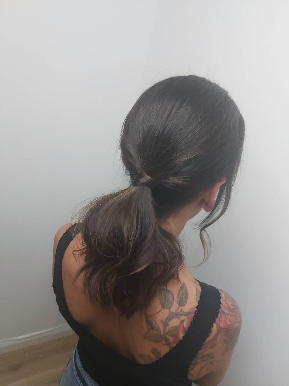 Smooth ponytail with a high shine. - Make Me Bridal Artist: Glow-Occasion Hair Specialists. #glamorous #glam #ponytail #texturedupdo #effortlesshair #shiney
