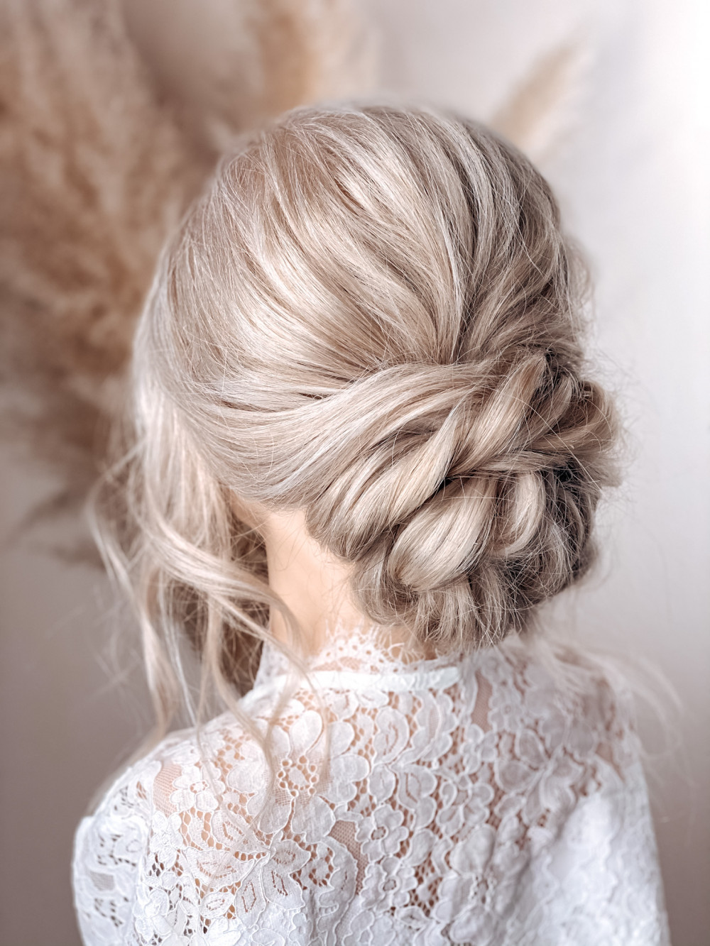 - Make Me Bridal Artist: Claire Jane's Totally Flawless. #classic #boho #lowupdo