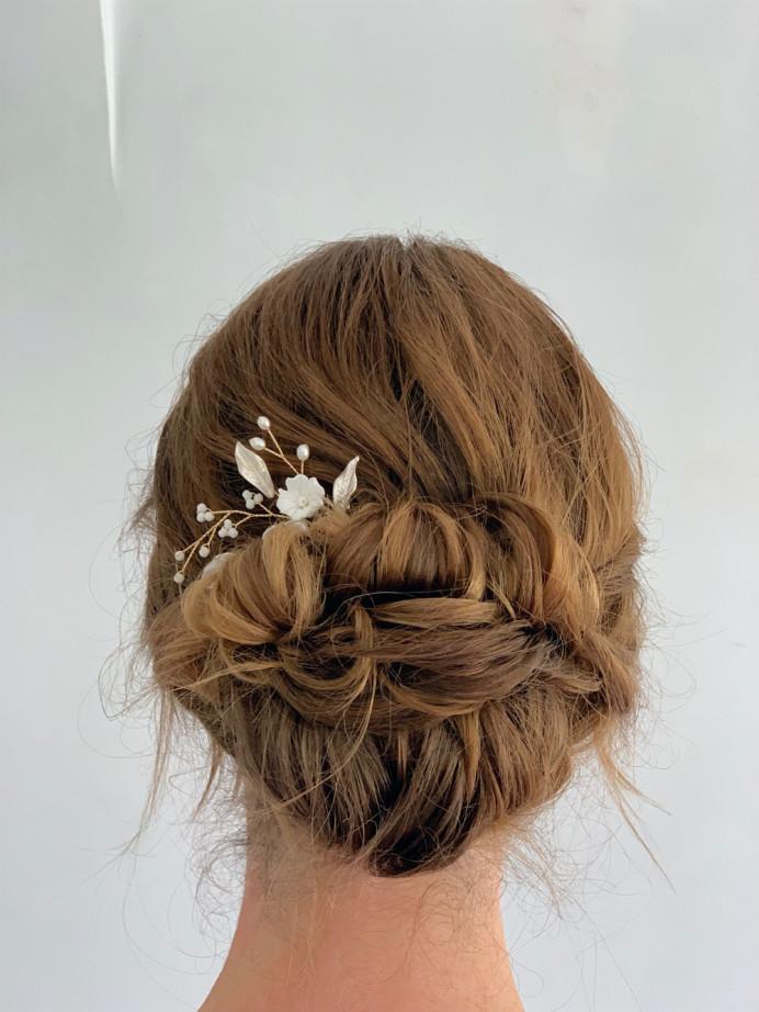 Bridal low bun updo - Make Me Bridal Artist: Head Turners - Martine Turner. #bridalhair #lowupdo #relaxedupdo #lowbun #weddinghair #elegantupdo #sussexwedding #hairup #smoothbun #bridalhairup #brunettehair