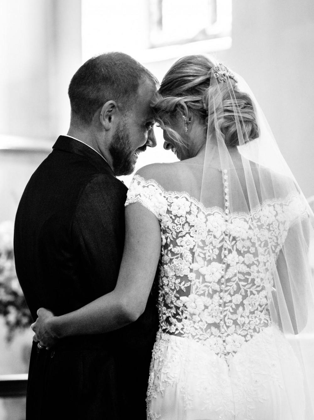 Textured updo - Make Me Bridal Artist: Head Turners - Martine Turner. Photography by: Gosia Grant. #bridalhair #texturedupdo #bridalupdo