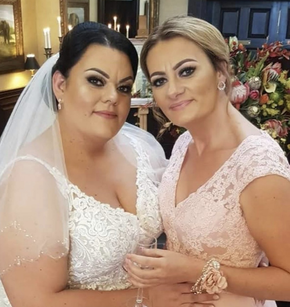A more heavy glam for bride Shelley and her bridesmaid Heidi - Make Me Bridal Artist: Katy makeup artistry. Photography by: Katy swann. #glamorous