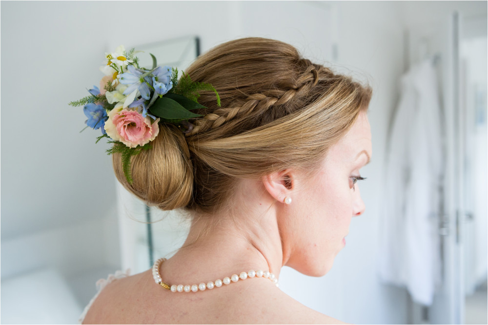 - Make Me Bridal Artist: Janet White-Ashby & Co.. Photography by: Unknown.