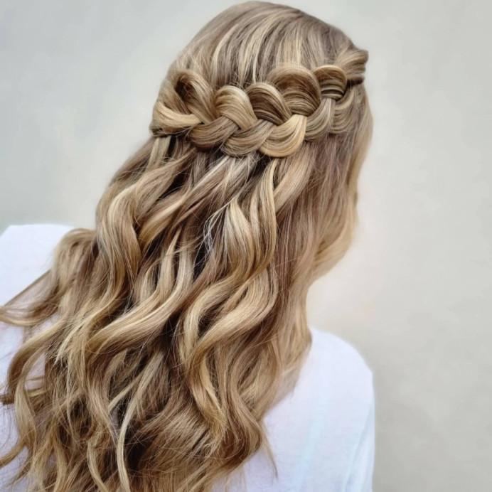 Beautiful half up perfect for brides or bridesmaids - Make Me Bridal Artist: Victoria Louise Bridal Hair. #bridalhair #halfuphair #braid