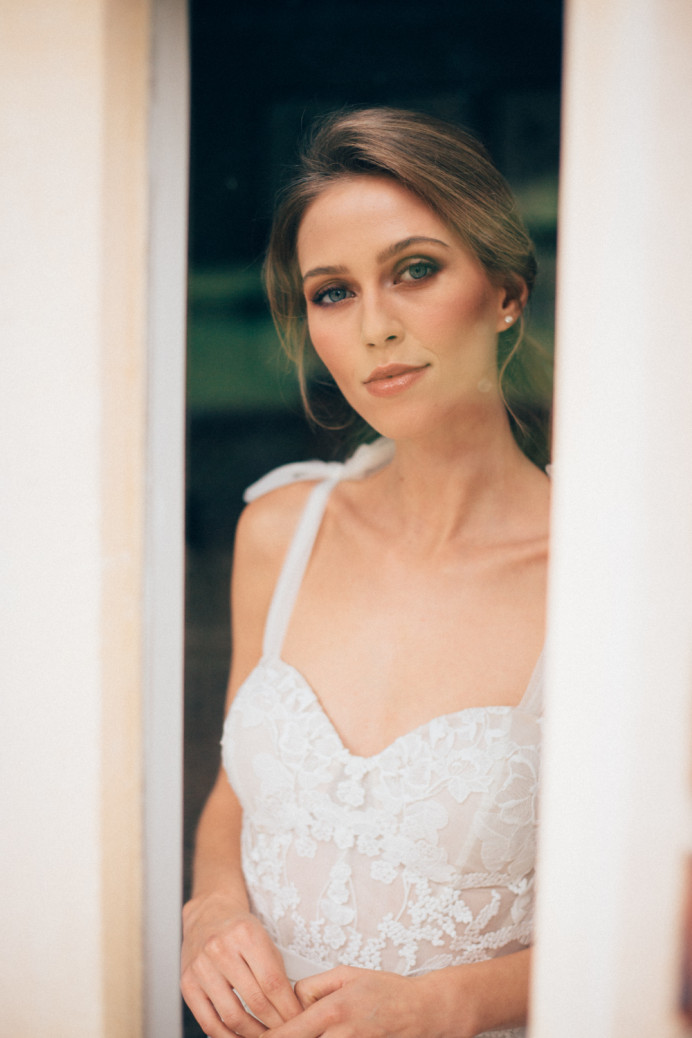 - Make Me Bridal Artist: Crown + Muse Bridal Makeup Artistry. #bridalmakeup #surreywedding #naturalmakeup