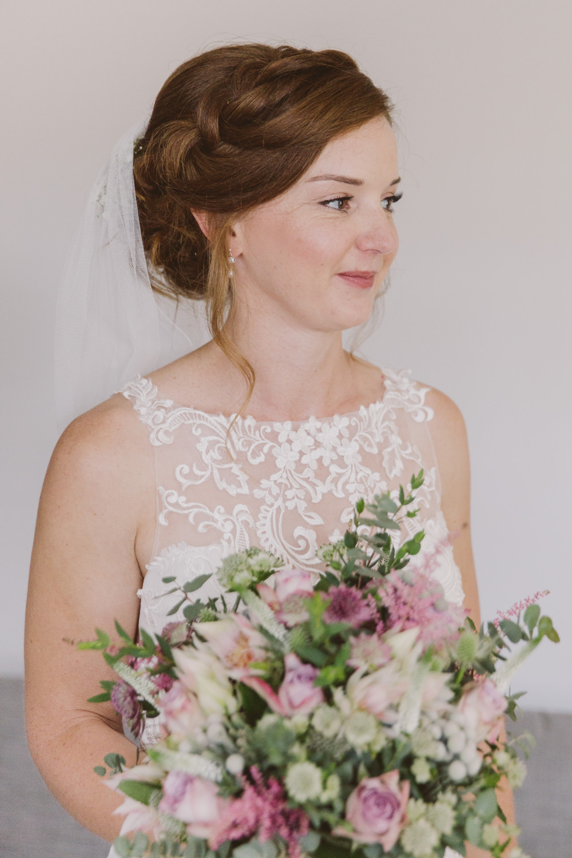 - Make Me Bridal Artist: Tara Sanger Makeup. Photography by: Lucy Lou Photography.