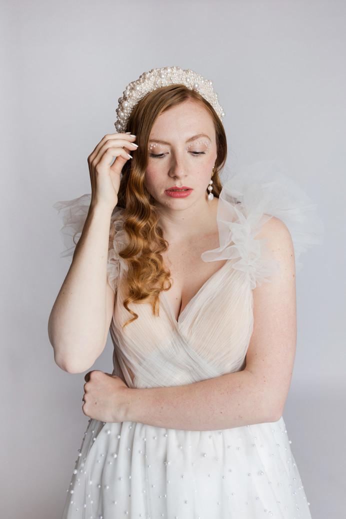 - Make Me Bridal Artist: Stephanie Christy Make Up. Photography by: The Bostons. #boho #naturalmakeup #glowingskin #timeless #naturalskin
