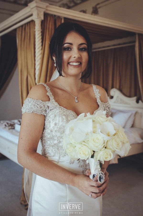 - Make Me Bridal Artist: Amy Jane Lawrence hair and makeup. Photography by: Inverve.
