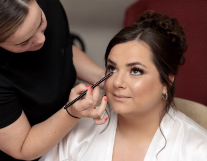 Action shot! Makeup for The bride - Make Me Bridal Artist: Amy Jane Lawrence hair and makeup. Photography by: Anne Aveyard Photography.