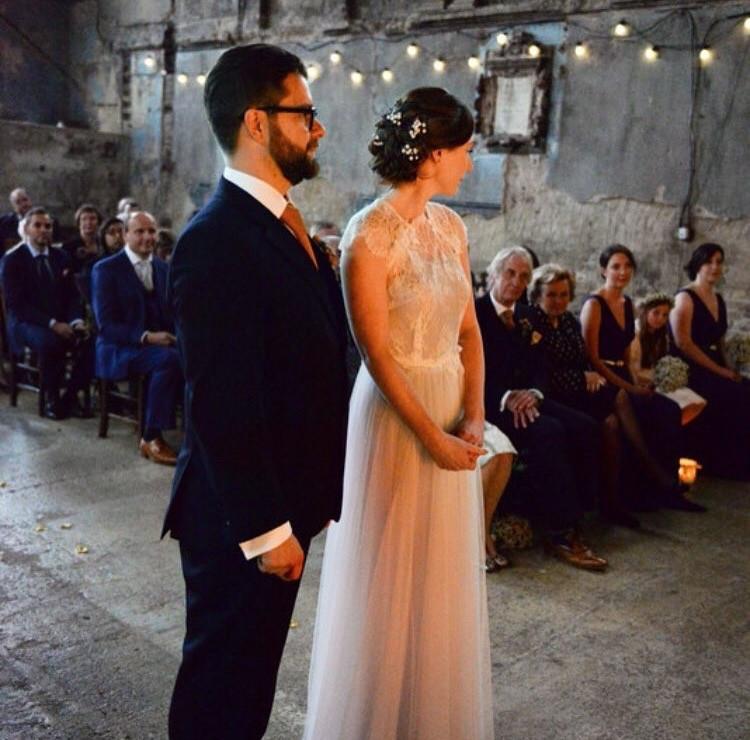 Pretty bridal hair with small flowers - Make Me Bridal Artist: Notanotherstylist . #bohemian #bridalhair #flowersinherhair #hairup #weddinghair #coolbride