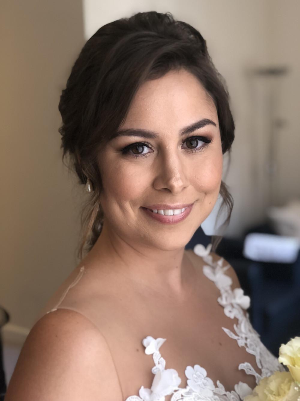 - Make Me Bridal Artist: Laura Anne Hair & Makeup Designer. #naturalmakeup #bridalmakeup #makeupartist #weddingmakeup #falselashes #glowingskin #freshmakeup #softglammakeup #classic #glamorous #pretty