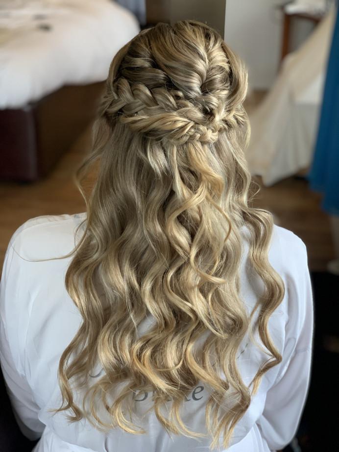 - Make Me Bridal Artist: Aston's Makeup and Beauty . Photography by: Own Image. #bohemian #weddinghair #bohobride #boho #bohowedding #bohohair