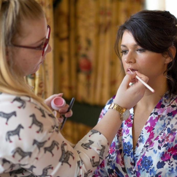 - Make Me Bridal Artist: Aston's Makeup and Beauty . Photography by: Nicky Thomas . #classic #glamorous #makeup #bridesmaidhairandmakeup #bridalmakeup #veganbride