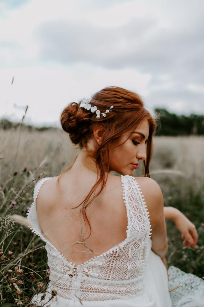 - Make Me Bridal Artist: Aston's Makeup and Beauty . Photography by: Nicola Dixon . #bohemian #boho #bridalmakeup #bride