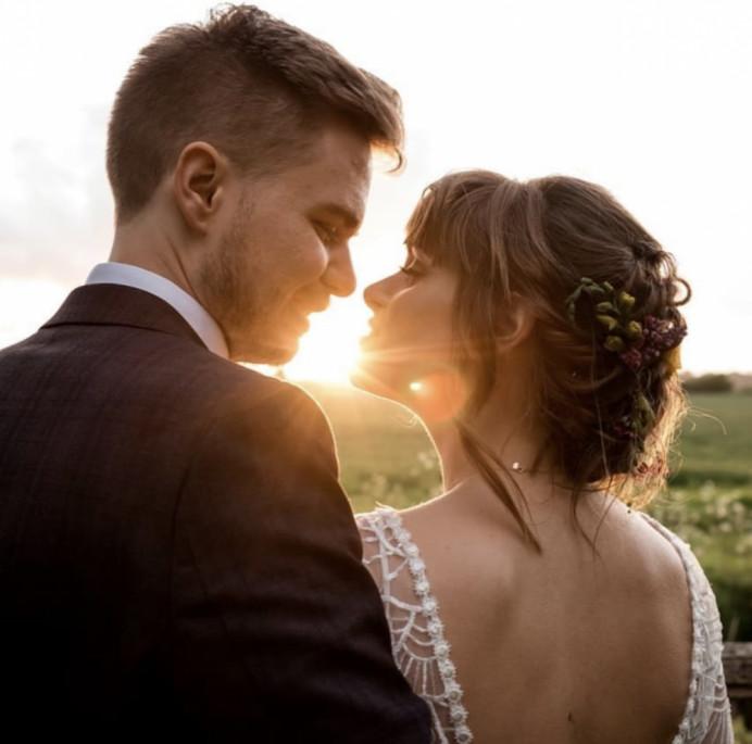 - Make Me Bridal Artist: Aston's Makeup and Beauty . Photography by: Will Patrick . #boho #hairup #bride #bohobride #kentbride #brideandgroom