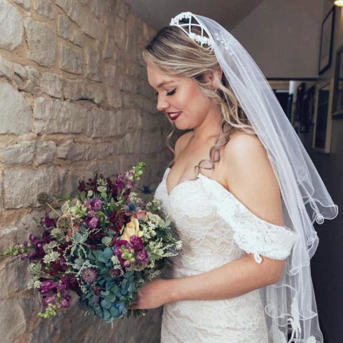 - Make Me Bridal Artist: Aston's Makeup and Beauty . #classic #vintage #glamorous #redlip #bride #bridalmakeup #glowingskin #modernbride