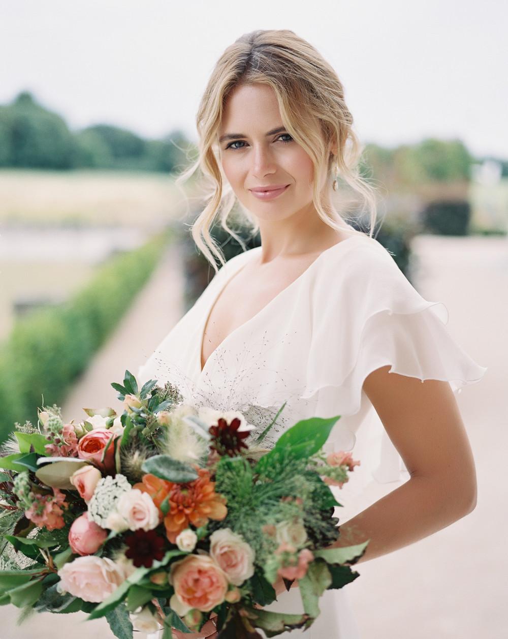 - Make Me Bridal Artist: Amazing Face Bridal Hair & Make up Dorset . Photography by: Imogen Xiana. #classic #naturalmakeup