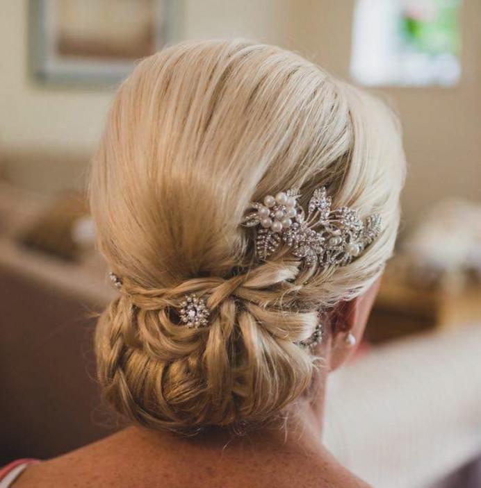 - Make Me Bridal Artist: Amazing Face Bridal Hair & Make up Dorset . Photography by: Libra. #glamorous #bridalhair #relaxedupdo #updo #dorsetmakeupartist #dorsetmakeupandhair #bohobride