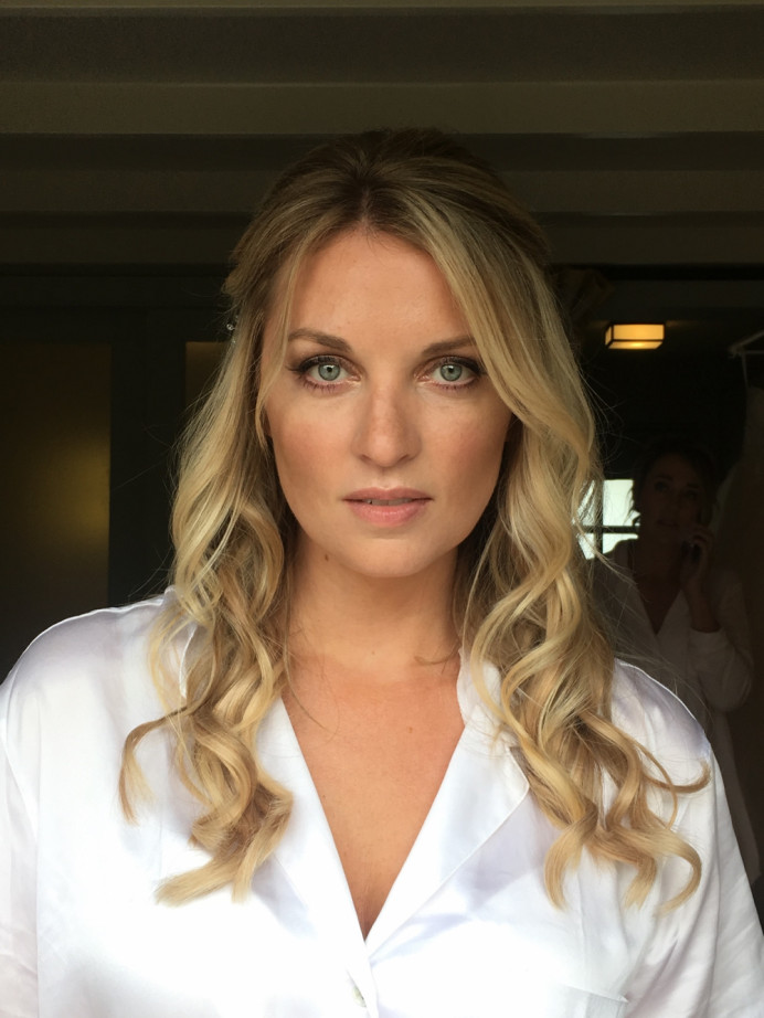 - Make Me Bridal Artist: Joanne Hook Makeup Artistry. #naturalmakeup #contour #bohobride #glowing #bronzey #bronzedeyes #bronzedmakeup
