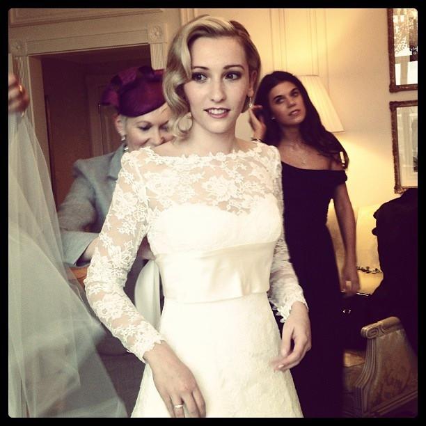- Make Me Bridal Artist: Joanne Hook Makeup Artistry.