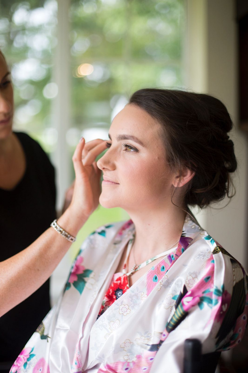 The gorgeous Torty got married in August 2017 in Felsted I'm Essex. She got ready with her huge bridal party at her parents home in the village. 