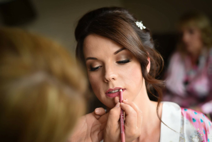 - Make Me Bridal Artist: The Pro Makeup Studio by Cheryl Marie Wright .