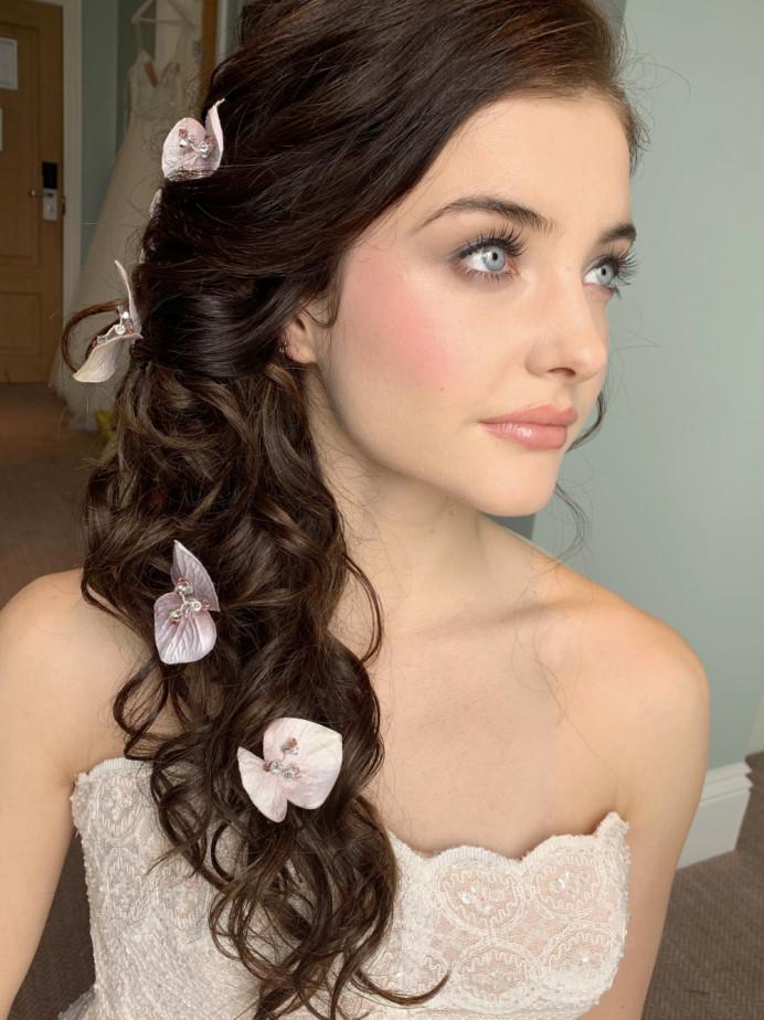 - Make Me Bridal Artist: Rachel Lindsey MUA. Photography by: Me!. #bridalmakeup #pretty #flawlessmakeup #englishrose #prettymakeup