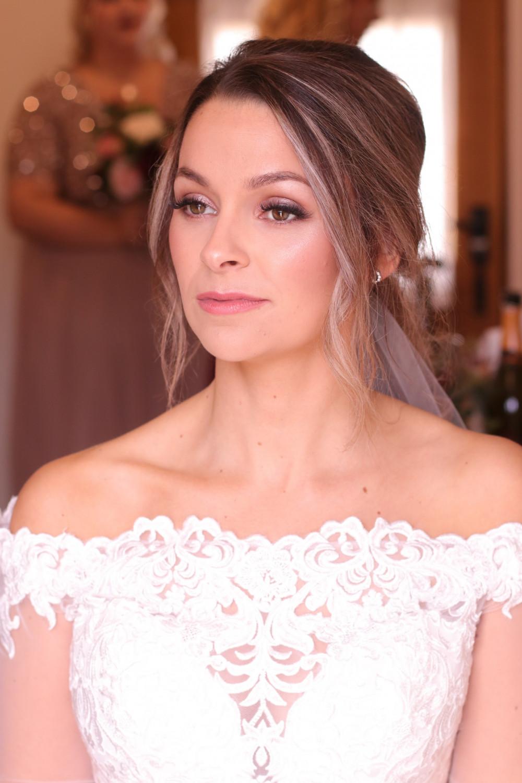 - Make Me Bridal Artist: Rachel Lindsey MUA. Photography by: Me!. #classic #glamorous #bridalmakeup #pretty #flawlessmakeup #autumnwedding #gorgeous