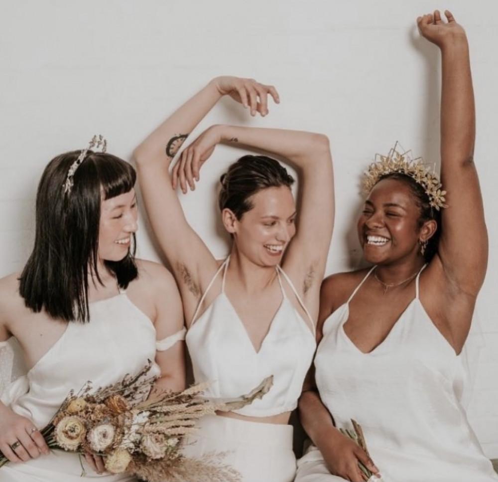 - Make Me Bridal Artist: Flaming Bride. Photography by: Jess rose. #coolbride
