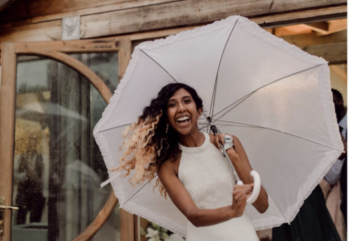 - Make Me Bridal Artist: Flaming Bride. Photography by: Joshua Gooding. #naturalmakeup #makeup #asianbride #nautralbride