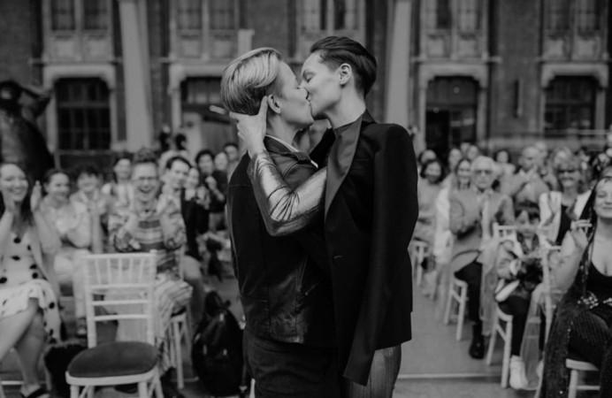 - Make Me Bridal Artist: Flaming Bride. Photography by: Sara Lincoln. #londonwedding #lgbtwedding #shorthair #samesexwedding #shorthairbride #alternative #shorthairupdo