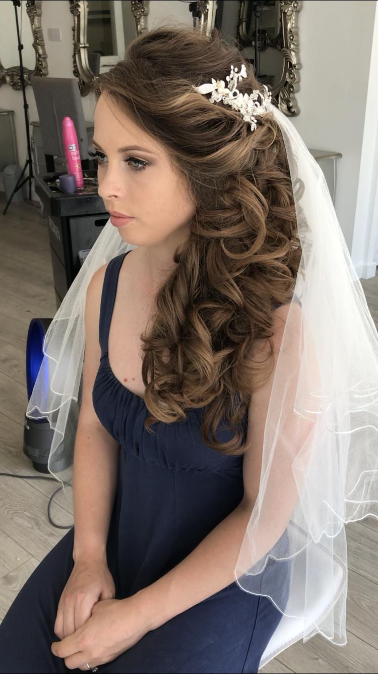 Love this glam bride (imagine from trial) - Make Me Bridal Artist: Ewelina Kaminska . Photography by: Myself. #bridalmakeup #bridalhair #glambride