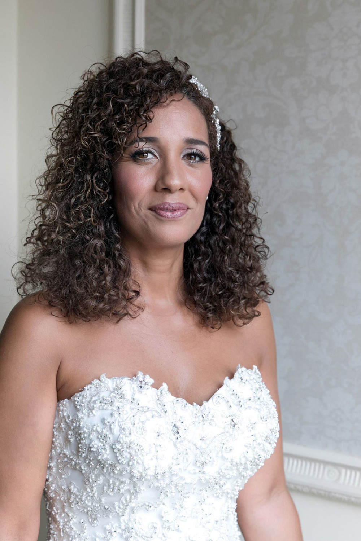 Beautiful Bride Marcia at Luton Hoo Hotel, Bedfordshire - Make Me Bridal Artist: Niki Lawrence Professional Makeup Artist. Photography by: Belle momenti. #bridalmakeup #weddingmakeup #lutonhoowedding #lutonhoomakeupartist