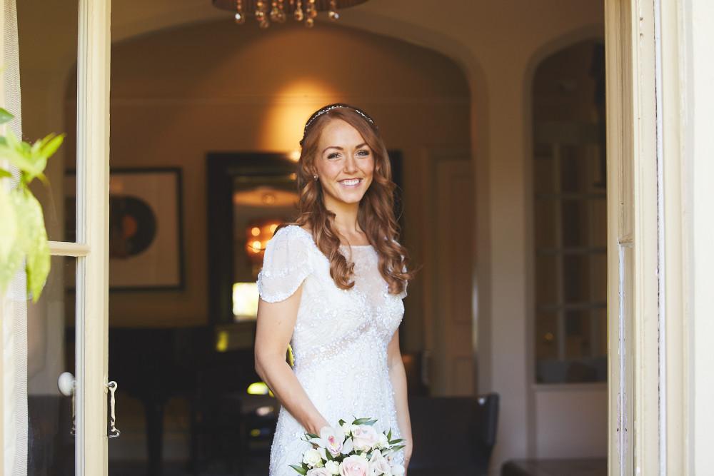 Beautiful Glowing Bride Claire at Milsoms Hotel Dedham - Make Me Bridal Artist: Niki Lawrence Professional Makeup Artist. Photography by: bushfire photo. #bridalmakeup #naturalmakeup #bridalmakeupartist #weddingmakeup #milsomsdedham