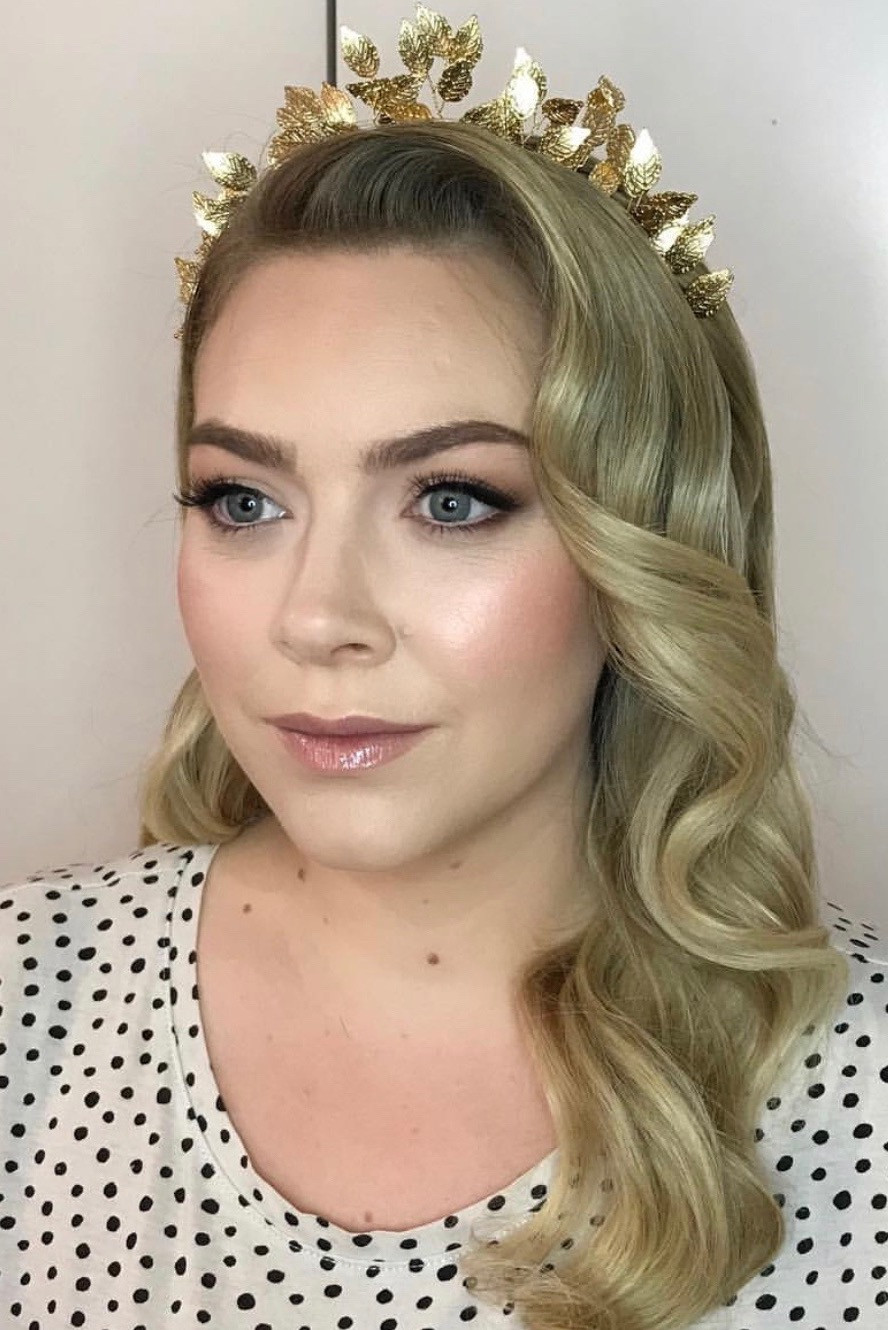 Hollywood waves give a touch of glamour to any wedding day. - Make Me Bridal Artist: Lee O'D Makeup & Hair. Photography by: Lee O'D. #bridalmakeup #bridalhair #blonde #glam #weddinghair #hollywoodwaves #weddingmakeup #tiara #blondebride #crown