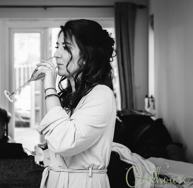 Bridesmaid makeup - Kent - Make Me Bridal Artist: Katie Hunt Makeup Artist. Photography by: Oakhouse Photography. #bridalmakeup #bridalmakeup #bridalmakeupartist #kent #weddingmakeup #naturalweddingmakeup #weddingmakeupkent #kentmakeupartist