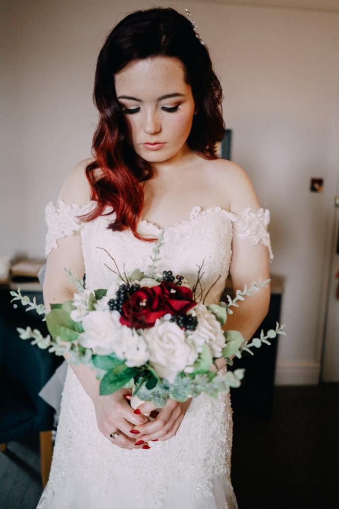 - Make Me Bridal Artist: Leanne Hart - Makeup Artist . Photography by: Unknown. #bridalmakeup