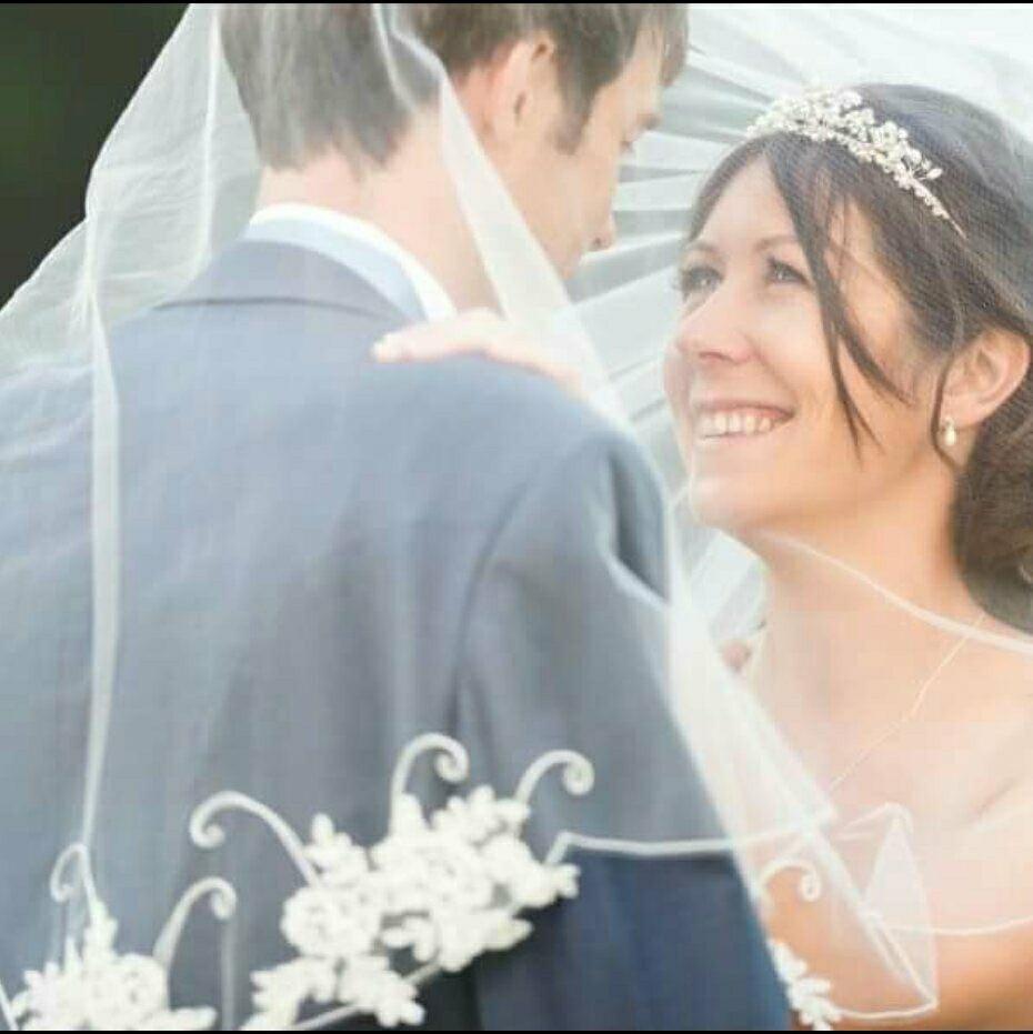 - Make Me Bridal Artist: Sarah Hamilton.