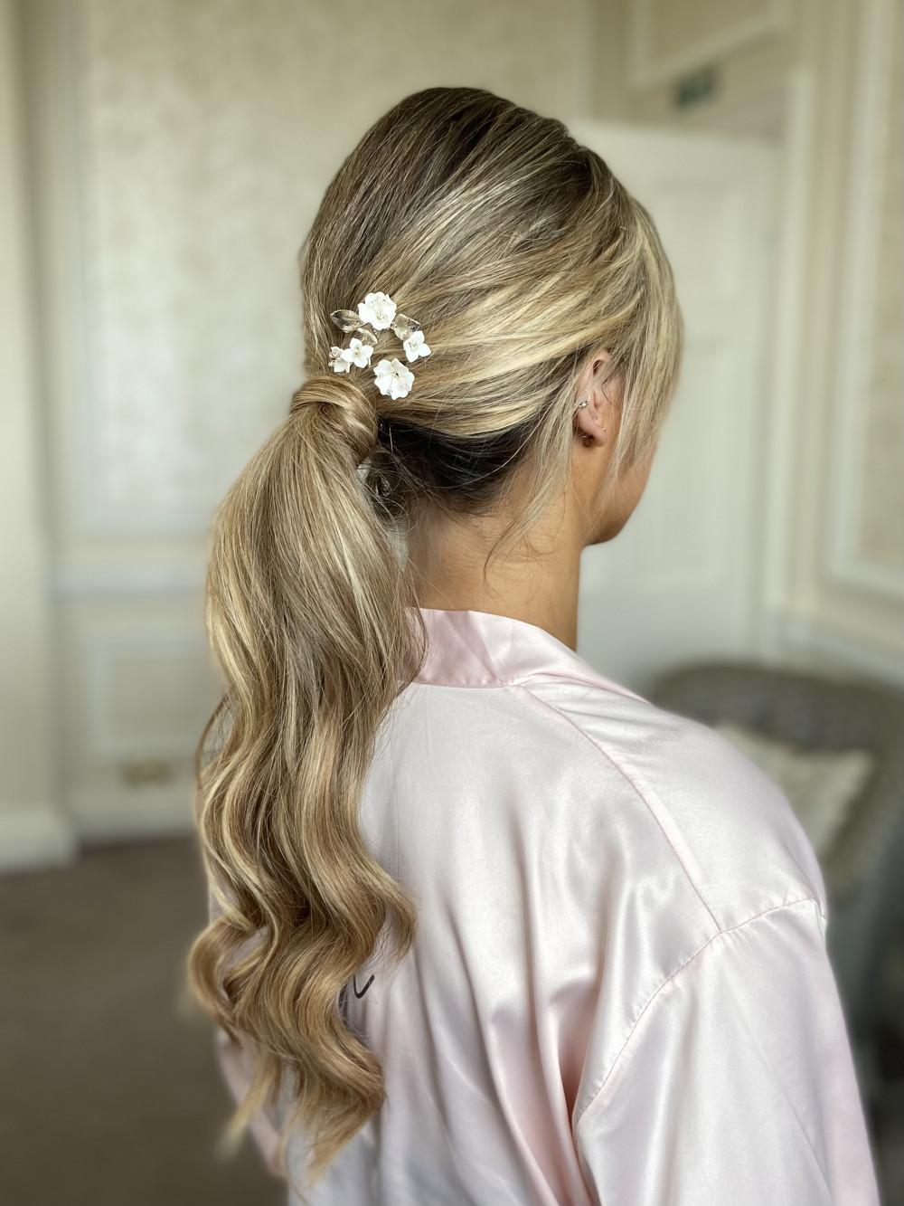 Chic ponytail adorned with @makemebridalaccessories - Make Me Bridal Artist: Jessica Makeup and Hairstyling. #glamorous #boho #bridalhair #hairup #weddinghair #ponytail #hampshirehair #surreyhair