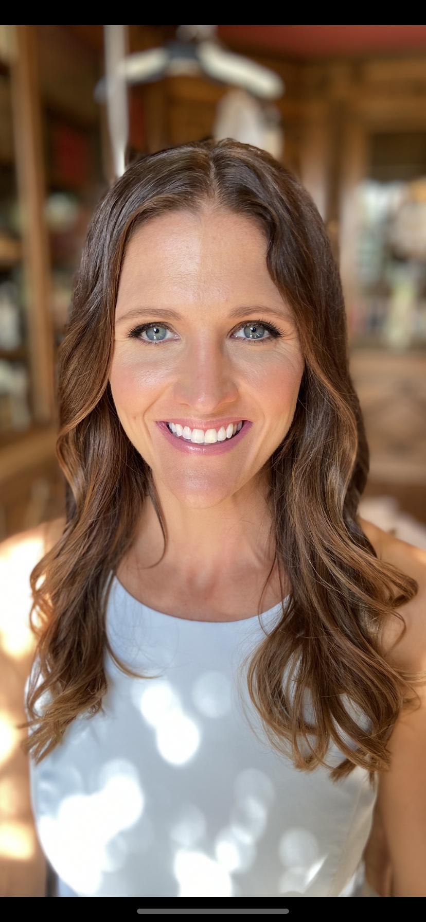 Soft glowing makeup - Make Me Bridal Artist: Jessica Makeup and Hairstyling. #naturalmakeup #bridalmakeup #loosecurls #softupdo #glowingskin #hampshiremakeupartist #weddingmakeupartisthampshire #hampshirehair