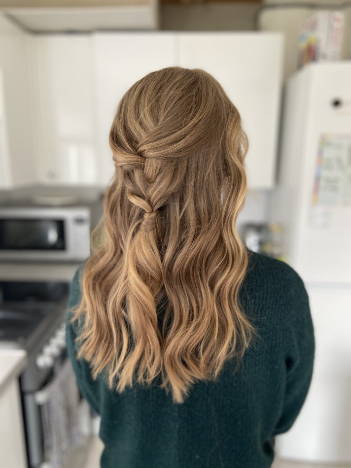 Relaxed waves and plait half updo - Make Me Bridal Artist: Jessica Makeup and Hairstyling. #plaits #bohobride #softupdo #beachwaves #blondebride #hampshiremakeupartist #hampshirehair #surreyhair