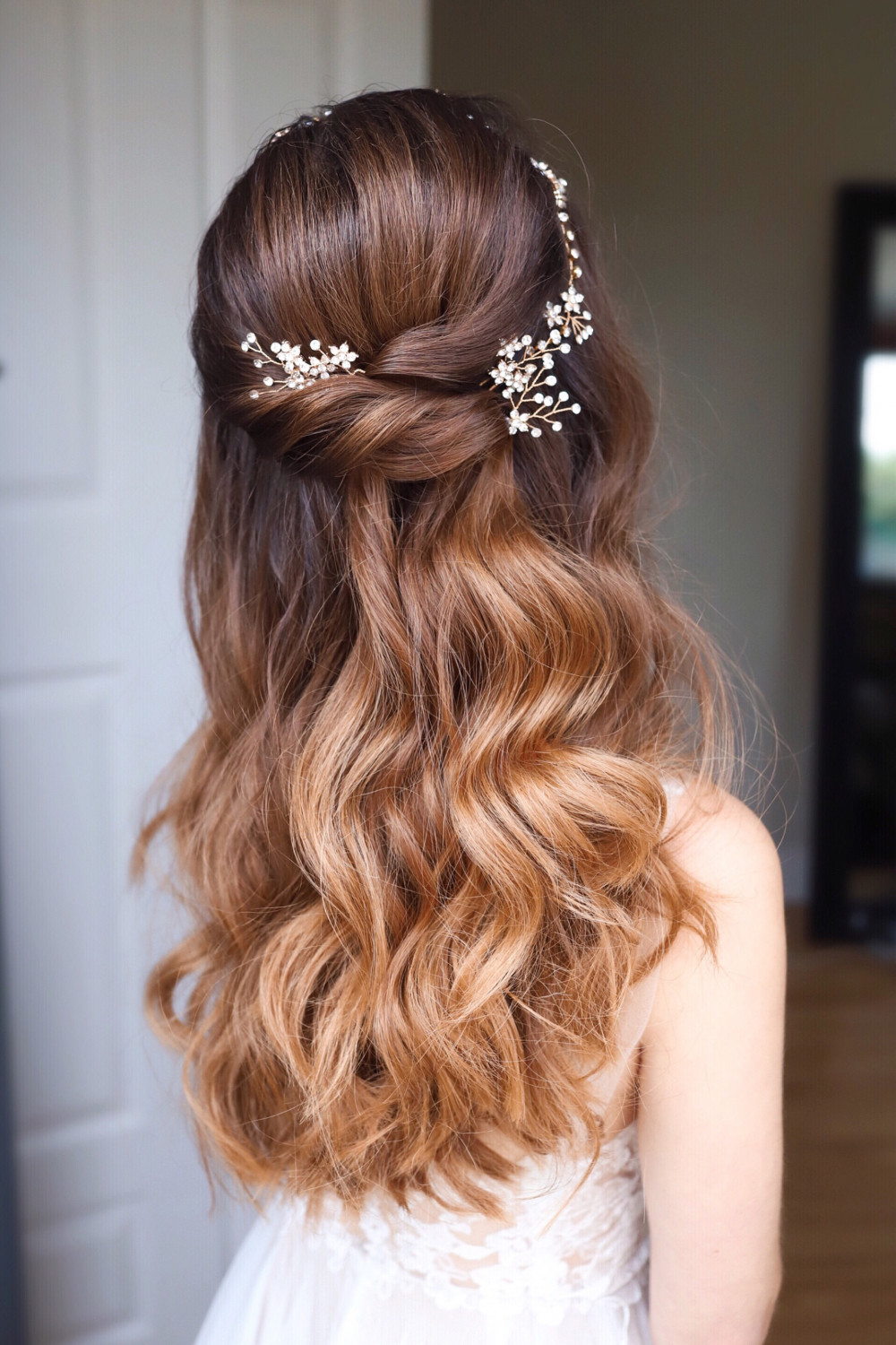 A half up half down wedding hair style with soft bohemian waves and pretty golden sparkly bridal hair pins from @makemebridal.accessories - Make Me Bridal Artist: Melissa Clare Makeup & Hair. Photography by: Katy Djokic. #bohemian #halfuphair #bridalhair #brunette #halfuphalfdown #hairaccessories #boho