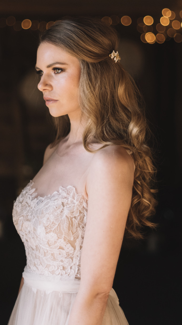 - Make Me Bridal Artist: Melissa Clare Makeup & Hair. Photography by: Lucie Watson. #bohemian #naturalmakeup #halfuphair