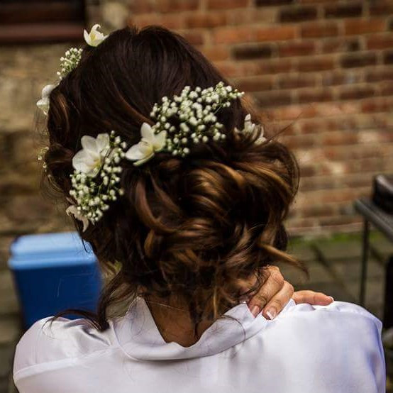- Make Me Bridal Artist: Alice Porter Make-up & Hair Artist. Photography by: nigel chapman.