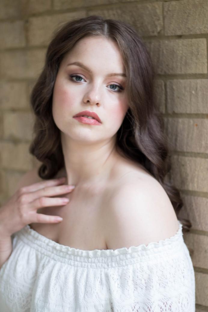 - Make Me Bridal Artist: Ema Bridal makeup. #bohemian #classic #naturalmakeup #curls #bridalmakeup