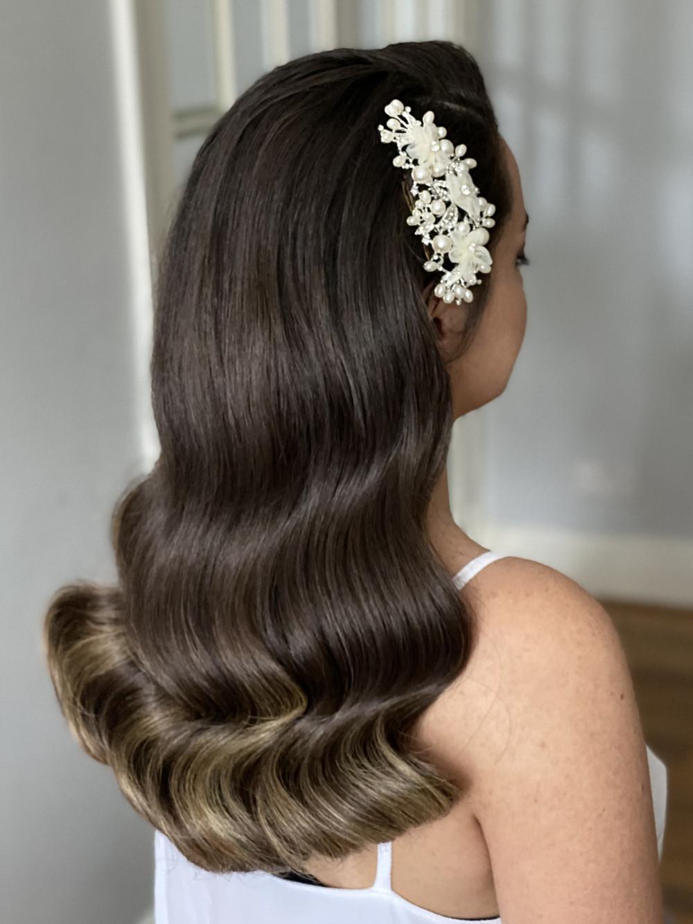 - Make Me Bridal Artist: Ema Bridal makeup. #classic #glamorous #curls #bridalhair