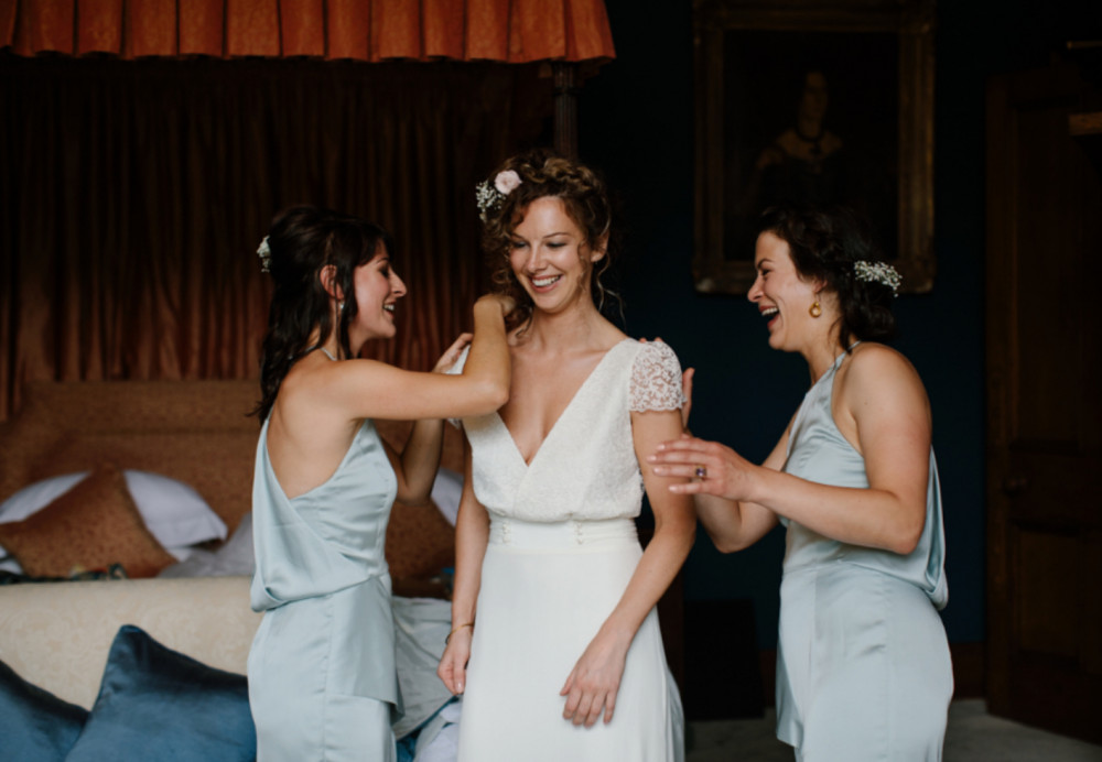 Katie and her gorgeous Bridesmaids getting ready in one of the beautiful rooms in Cambo Estate. - Make Me Bridal Artist: Mairi Gordon MUA. #bohemian #classic #boho #flowercrown