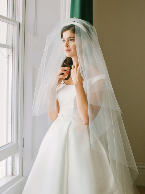 - Make Me Bridal Artist: Kat Sykes. Photography by: Inna Kostukosky.