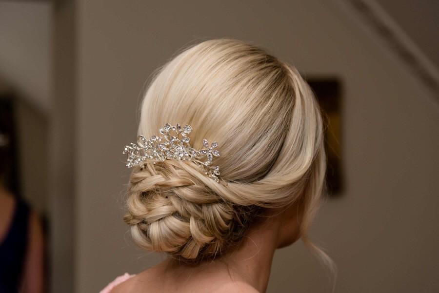 - Make Me Bridal Artist: Kelly Hanks Hair Design . #classic #chignon #elegant #romantichairup
