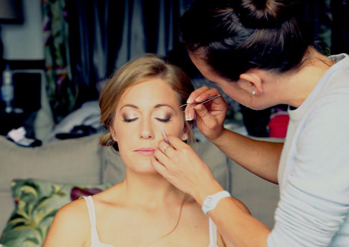 - Make Me Bridal Artist: Willow De La Roche. #glamorous